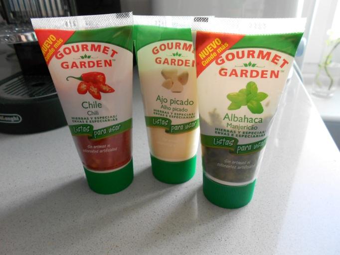 Las tres variedades de Gourmet Garden que utilicé en esta receta