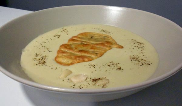 crema de patata y alcachofa